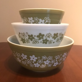 Spring Blossom Green Mixing Bowls #441, 442, 443, 1970s
