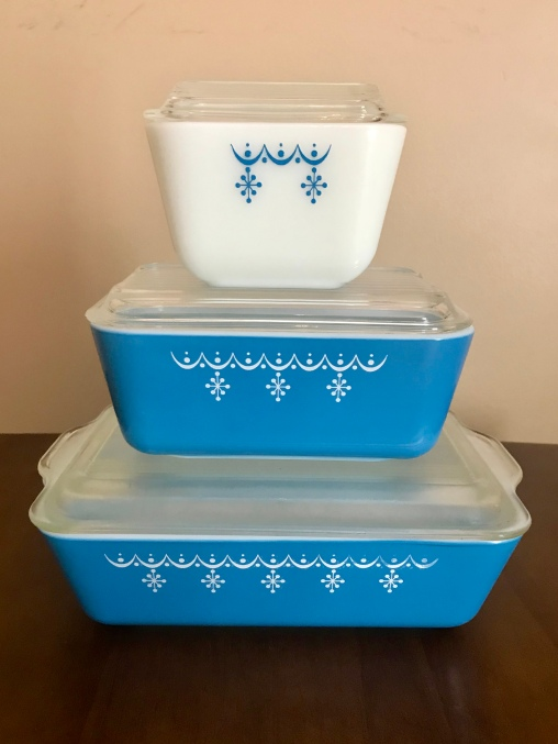 Snowflake blue refrigerator dishes, 1970s
